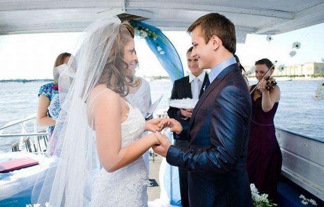 Как выйти замуж за капитана