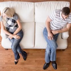 Как пережить и преодолеть кризис в семейных отношениях